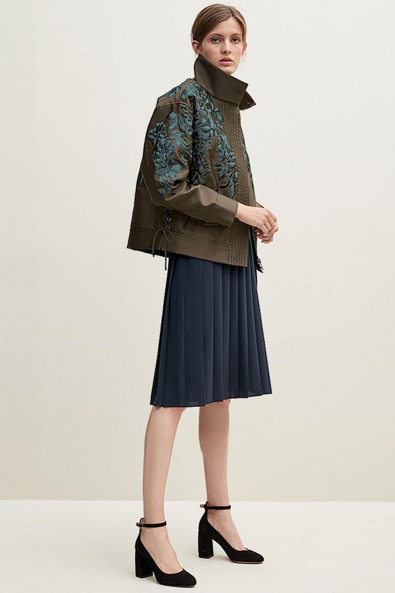Lewit Velvet Trim Pleated Crepe Skirt