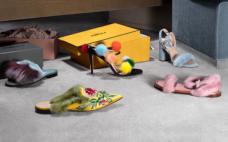 Manolo Blahnik Pelosusrafo Suede & Fur Slide Sandals