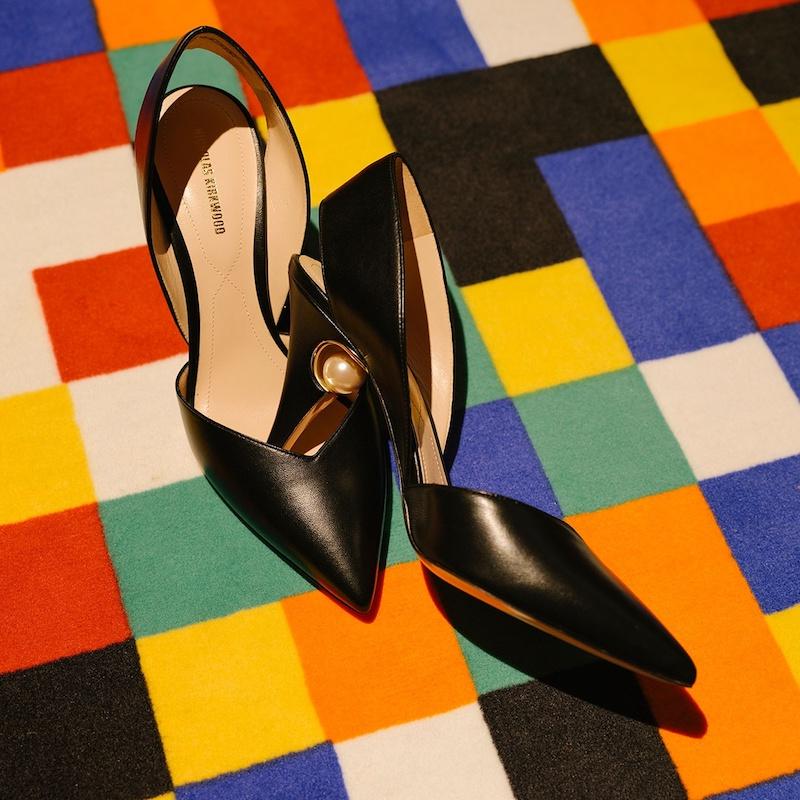 Nicholas Kirkwood Penelope Pearl-Embellished Leather Pumps