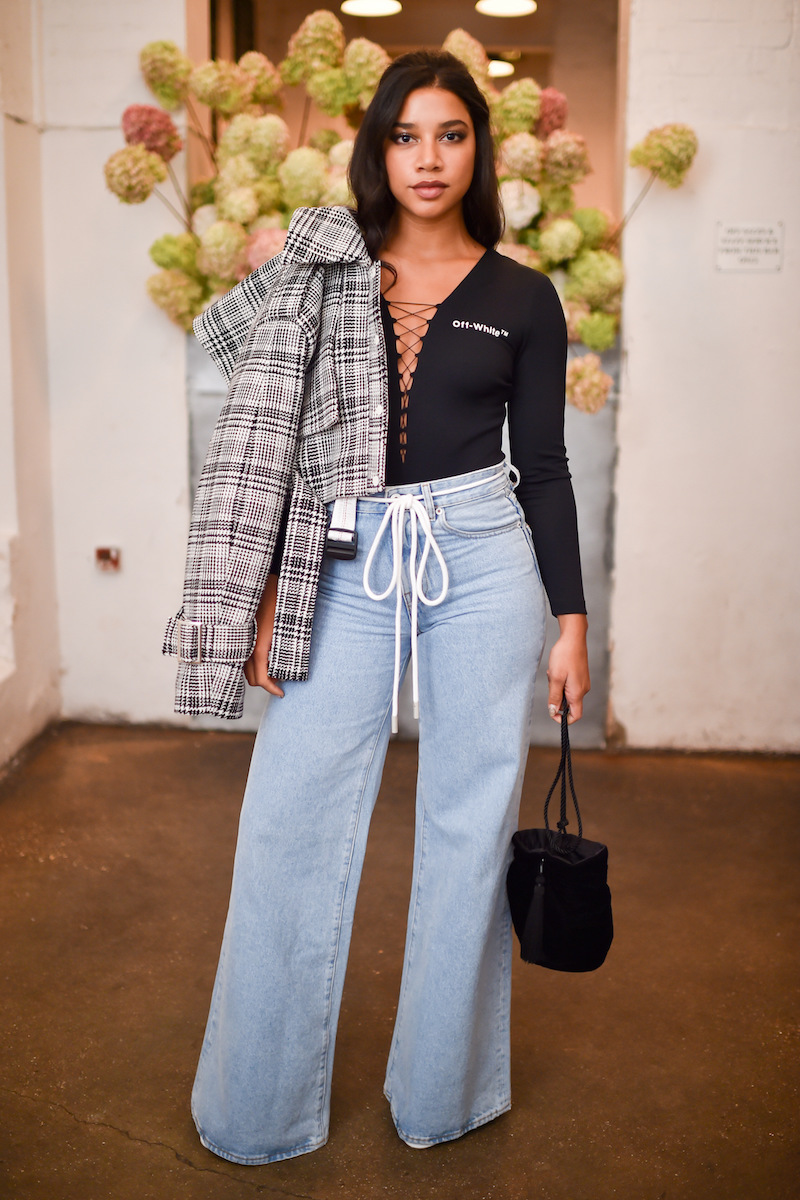 Off-White Mid-Rise Wide-Leg Jeans