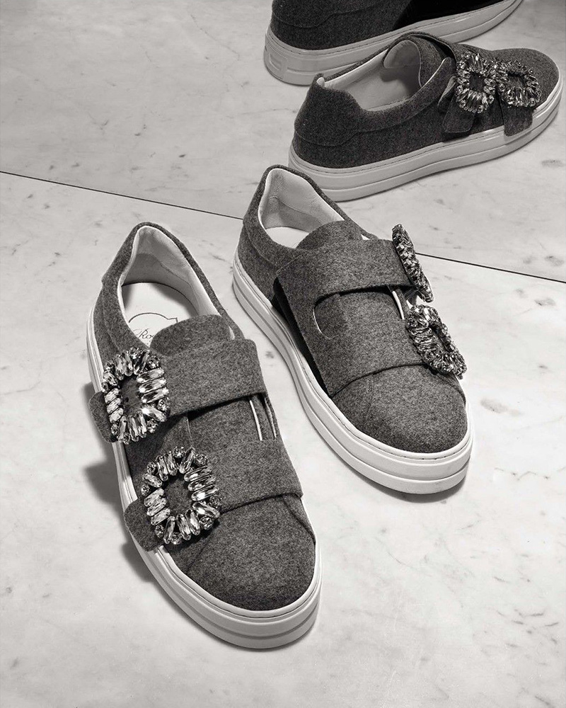 Roger Vivier Crystal Strass Buckle Sneakers