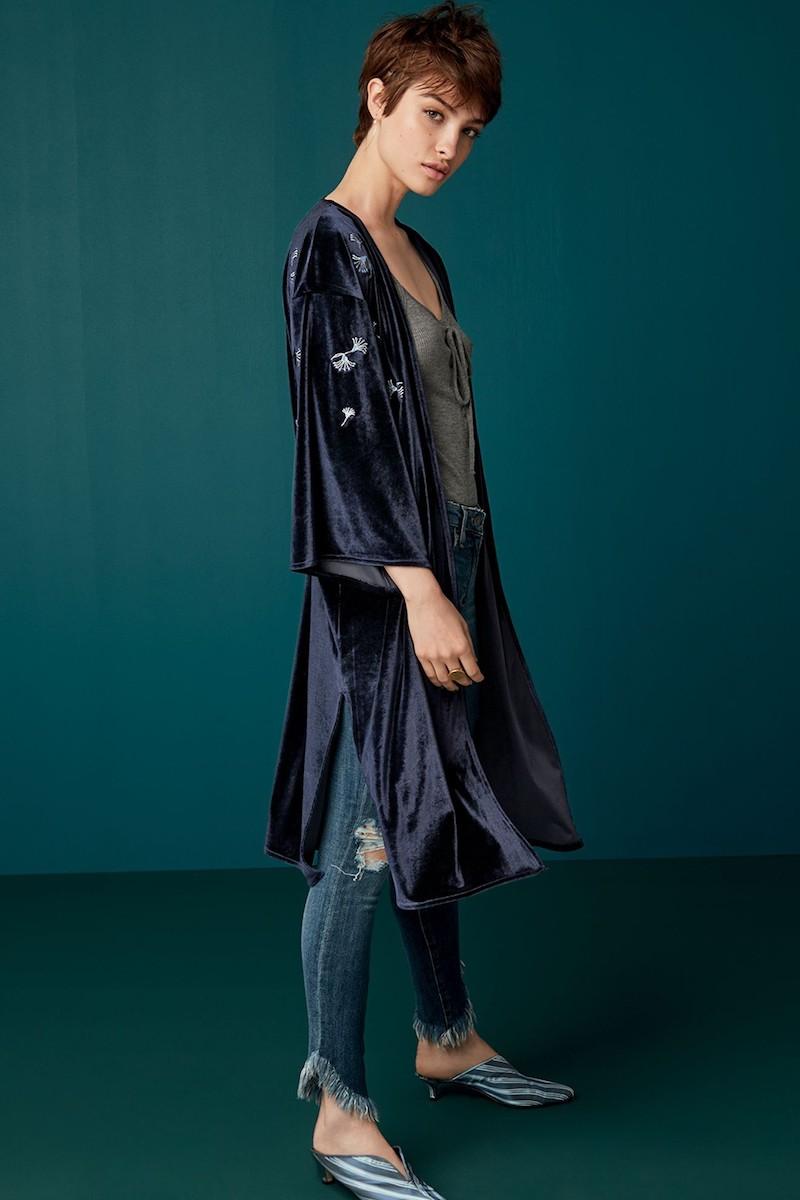 Treasure & Bond Embroidered Velvet Kimono