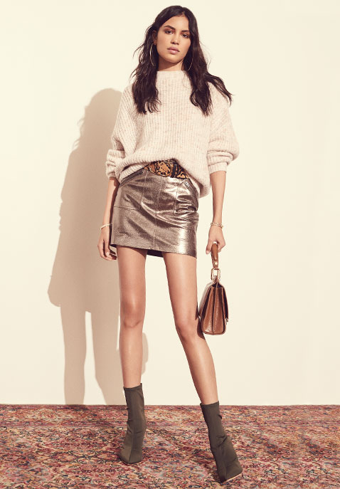 eae10f269b4 Looks We Love    Fall 2017 Outfit Inspo – NAWO