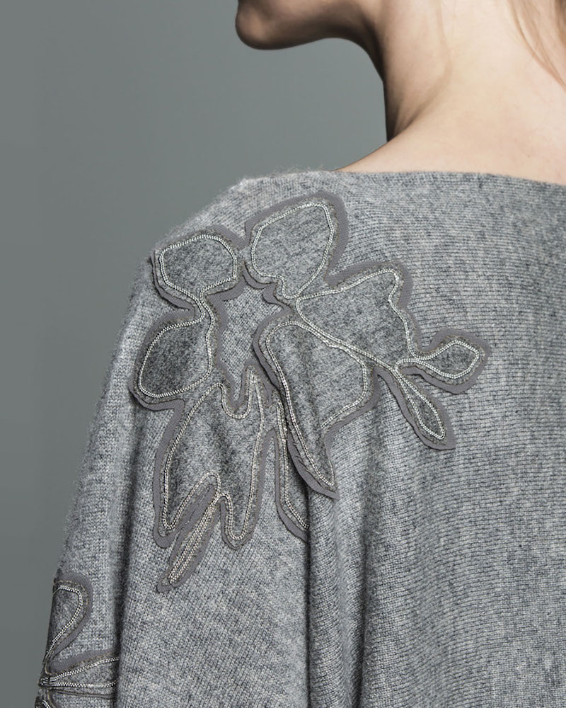 Lafayette 148 New York Vanise Luxe Cashmere Sweater with Chain-Trim Floral Appliqué