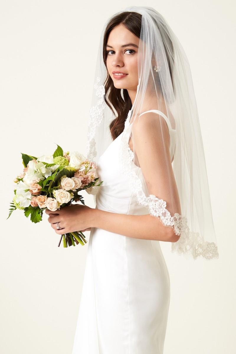 Veil Trends Poppy Lace Bridal Veil