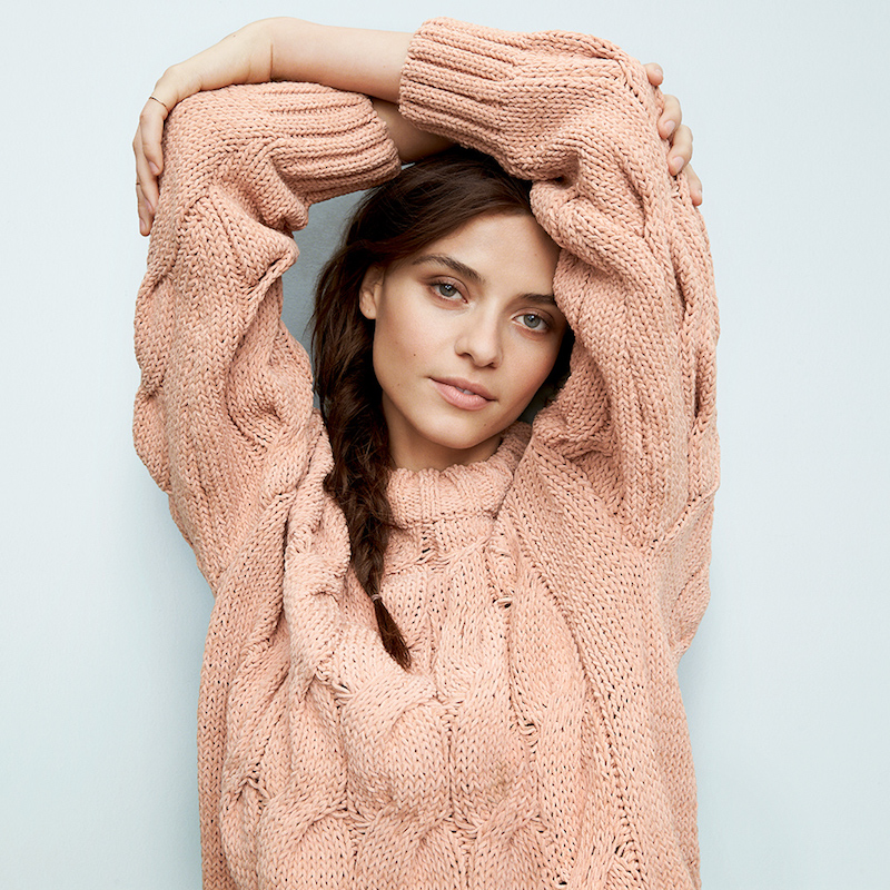 10 Ways to Cozy Up in Style