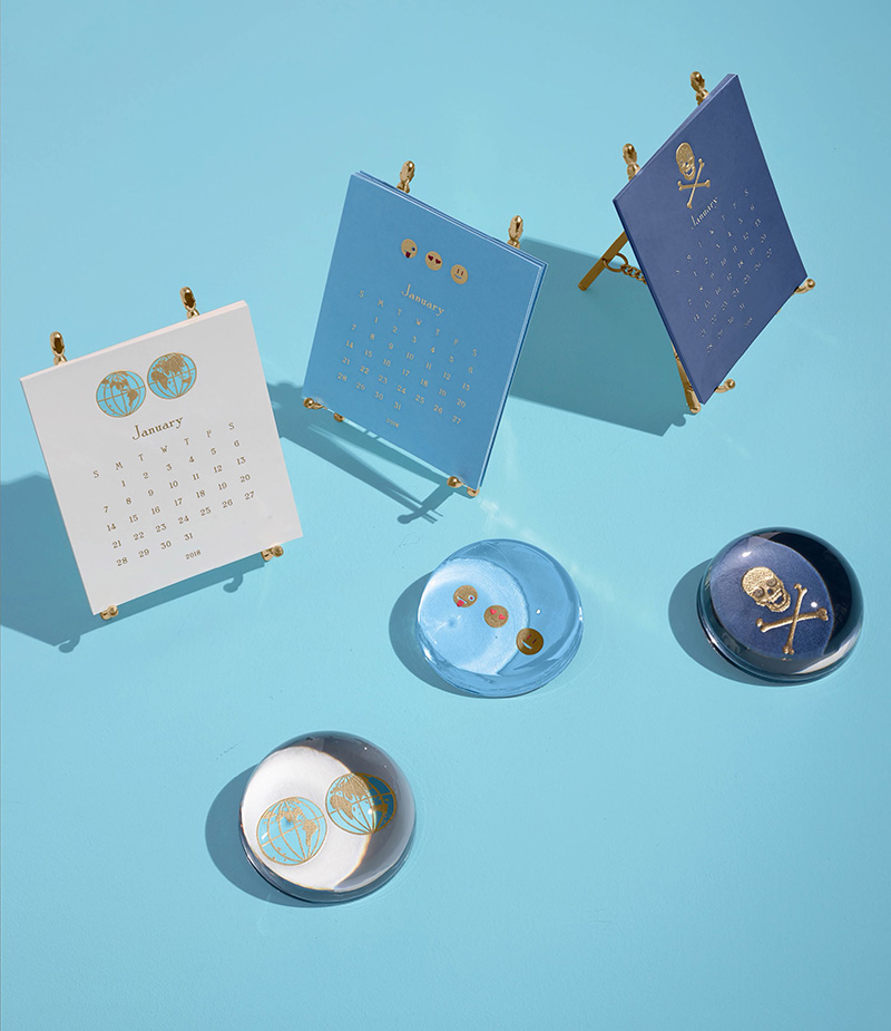 Connor World Folded Place Card Set