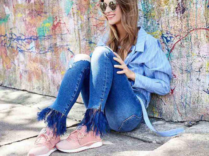 FRAME Le Skinny De Jeanne Feather Hem Jeans