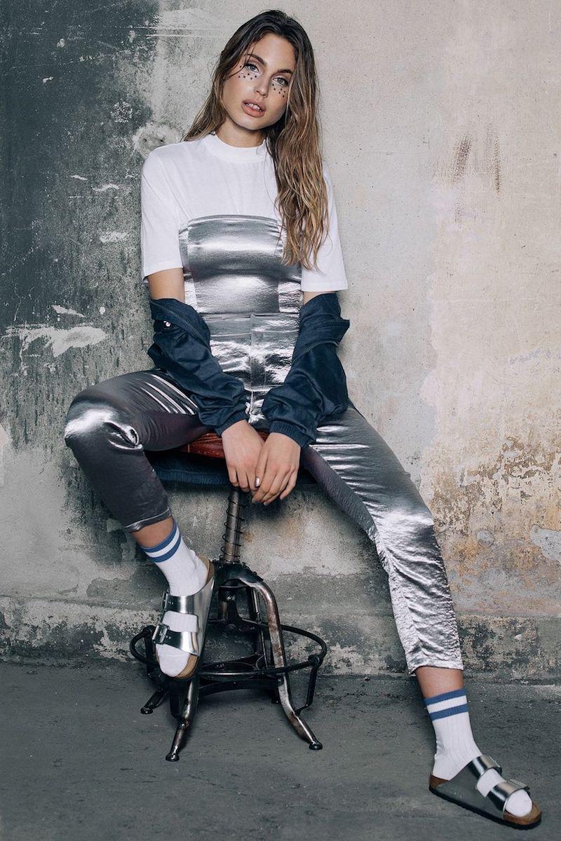NA-KD Trend Metallic Straight Pants
