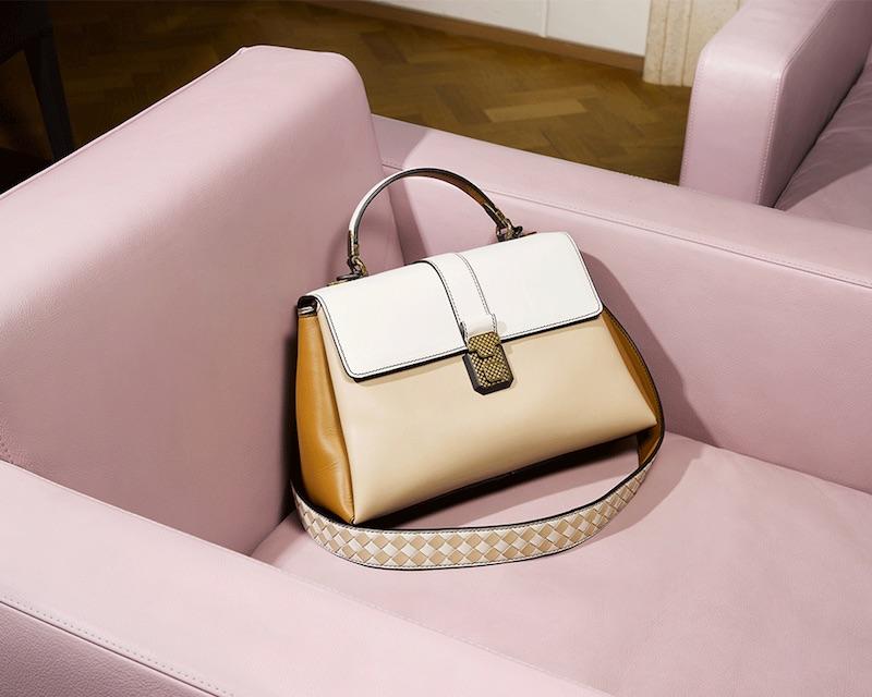 Bottega Veneta Piazza Medium Leather Shoulder Bag