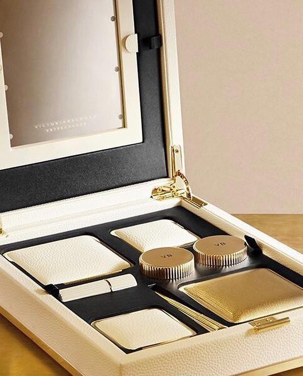 Victoria Beckham x Estée Lauder Lit Beauty Box