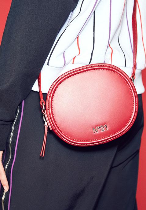 No. 21 Circle Small Crossbody Bag