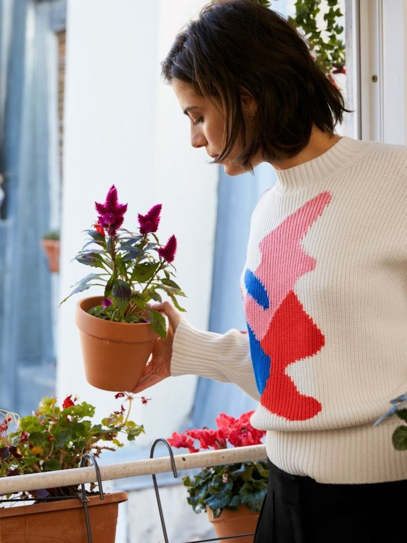 & Other Stories Cropped Color Splash Sweater