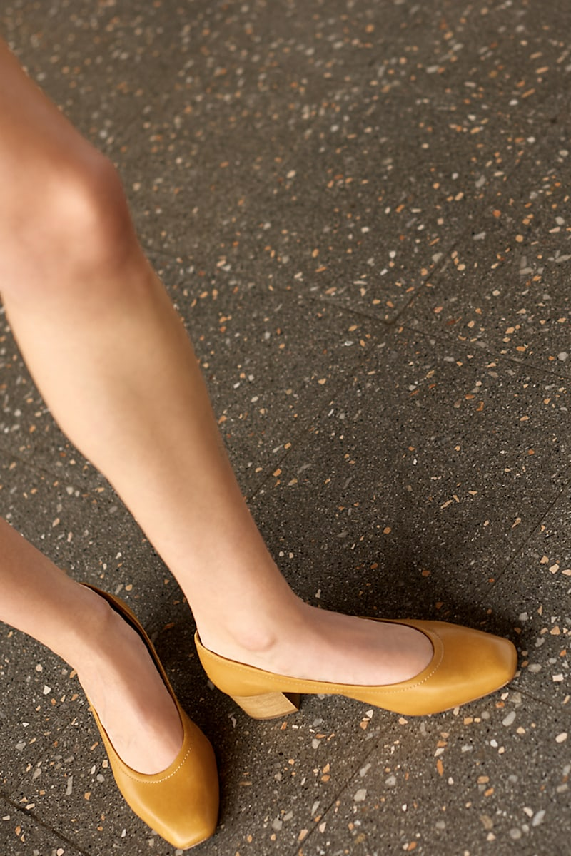 Madewell The Raquel Pump in Leather