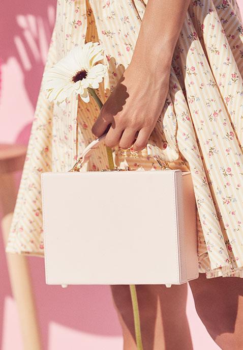 the daily edited Box Bag