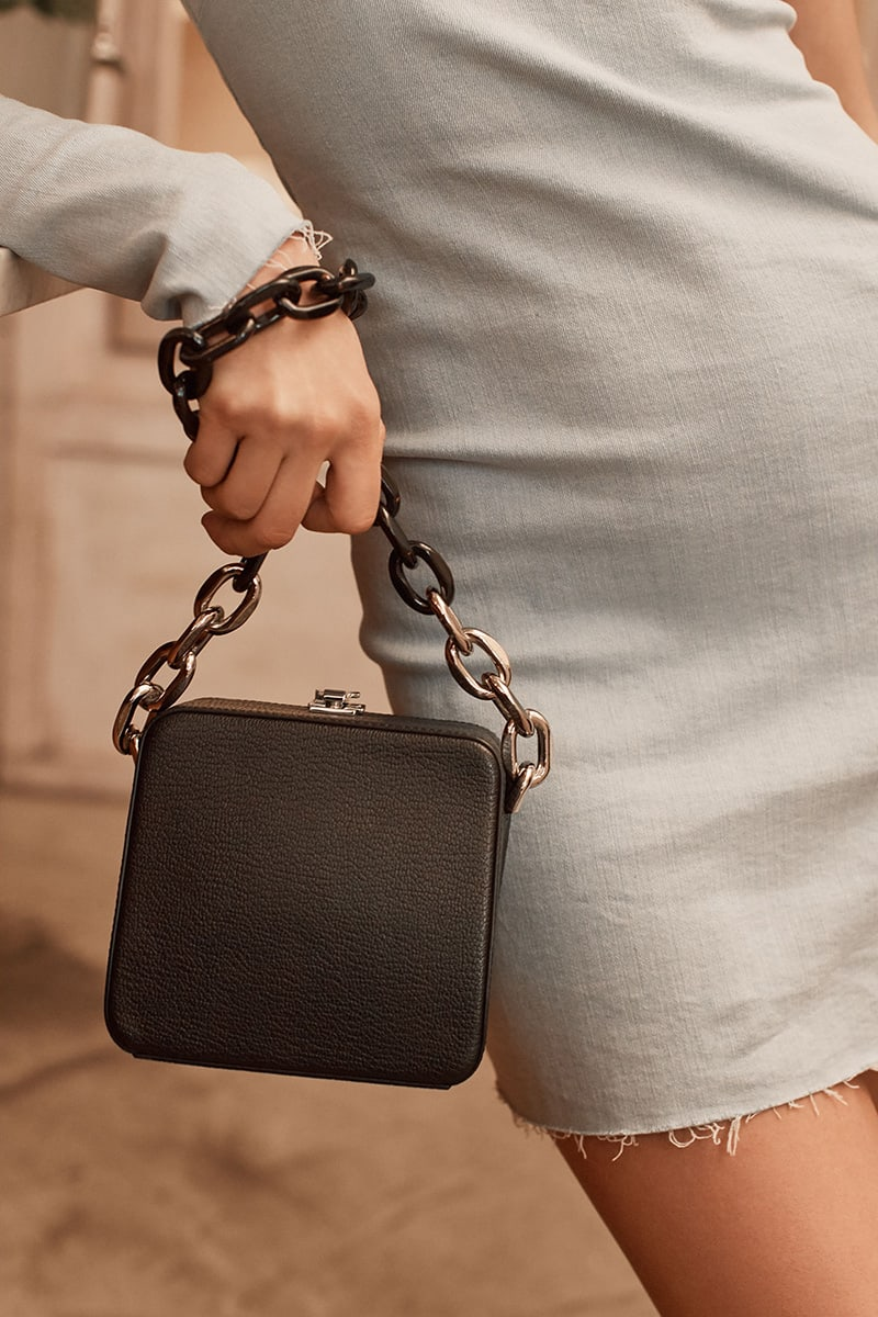 THE VOLON Cube Chain Bag