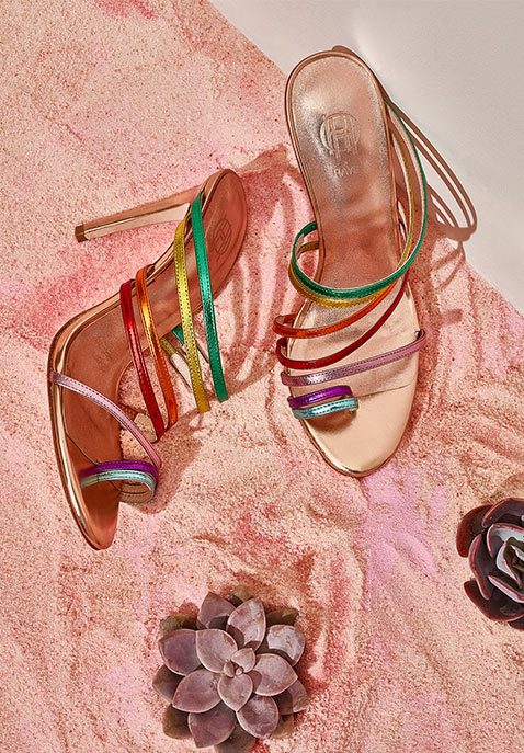 a4d37a443f03 RAYE x House Of Harlow 1960 Spring 2018 Shoes Collection – NAWO