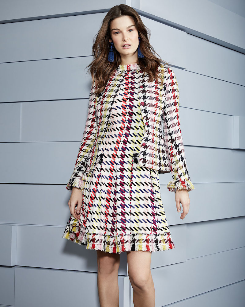 Oscar de la Renta Multi-Check 2-Pocket Cropped Tweed Jacket