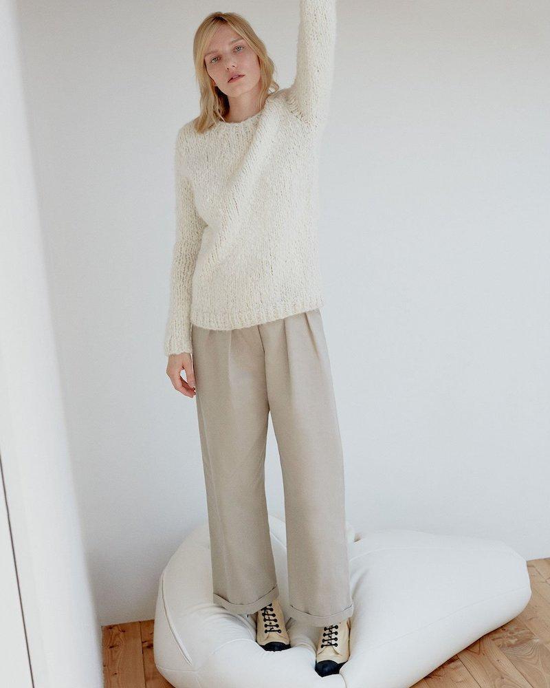 Gabriela Hearst Luiz Round-Neck Cashmere Sweater