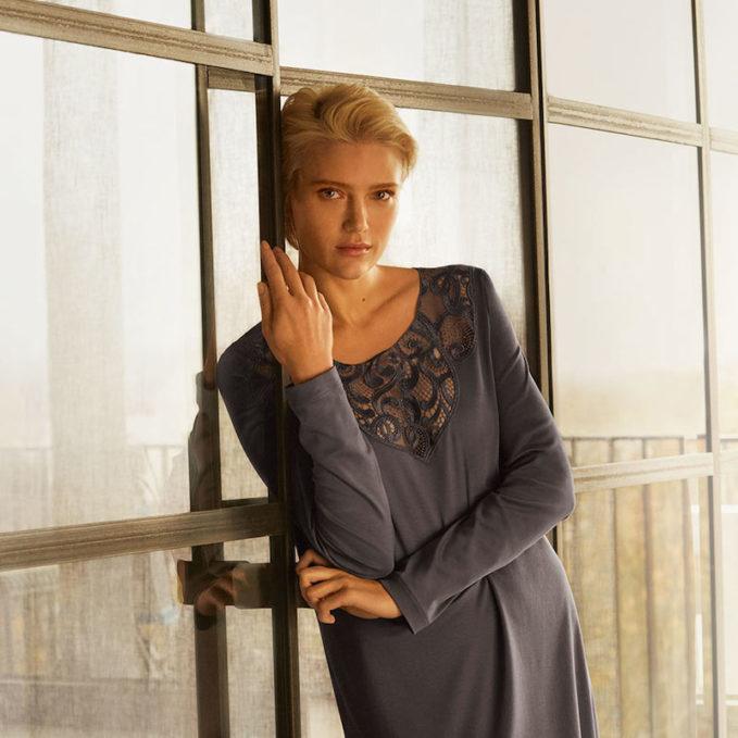 Hanro Ella Long-Sleeve Nightdress