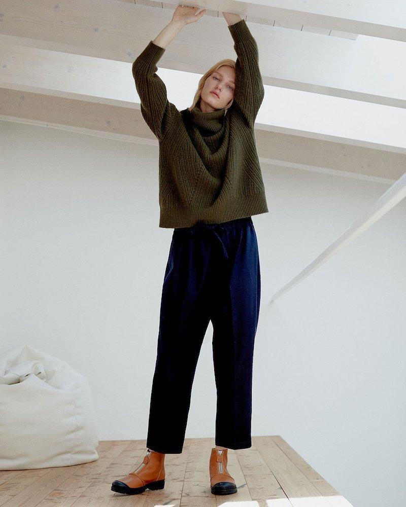 Nili Lotan Kiernan Ribbed-Knit Cashmere Roll-Neck Sweater