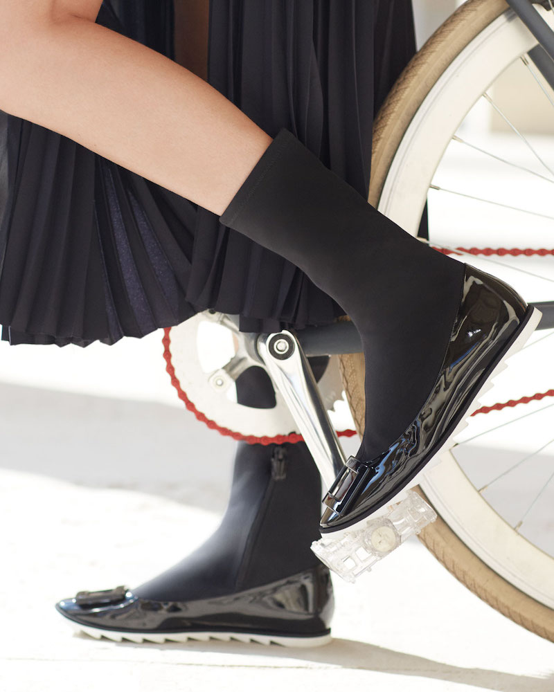 Roger Vivier Viv Gommette Sneaker-Style Ballet Flats
