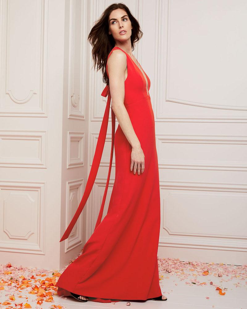 Monique Lhuillier Deep-V Sleeveless Bow-Detail Trumpet Evening Gown