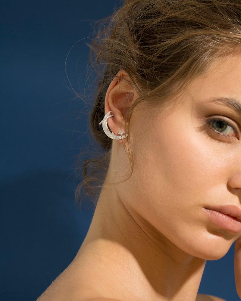APM Monaco Mono Silver Half Moon Clip Earring