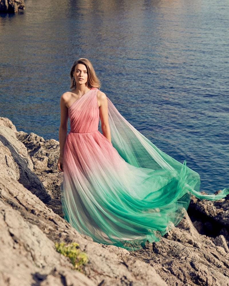 Monique Lhuillier One-Shoulder Two-Tone Ombre Tulle Gown