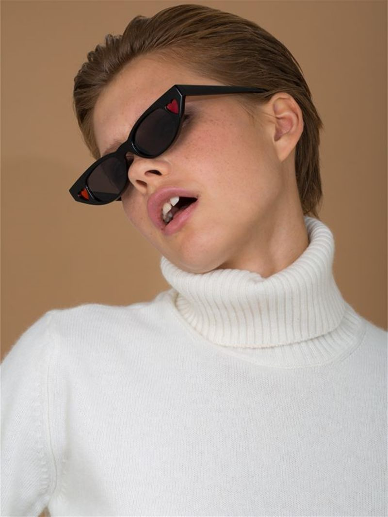 Le Specs the Heartbreaker Sunglasses