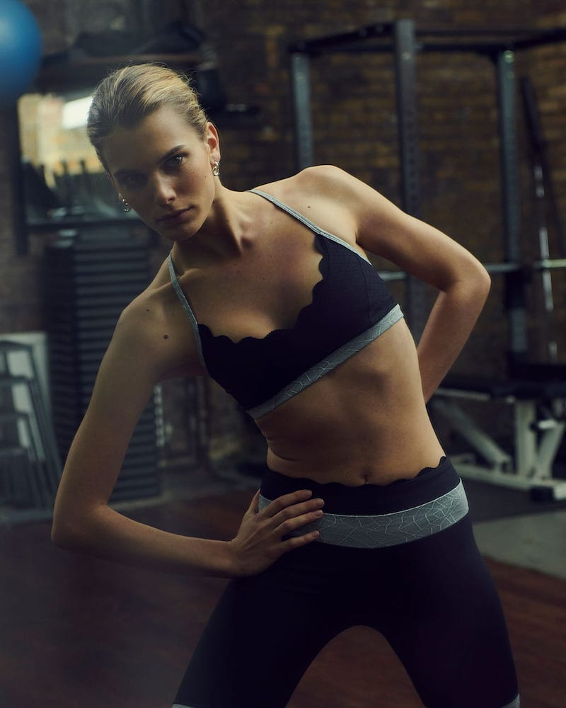 Track & Bliss The One Scalloped Sports Bra