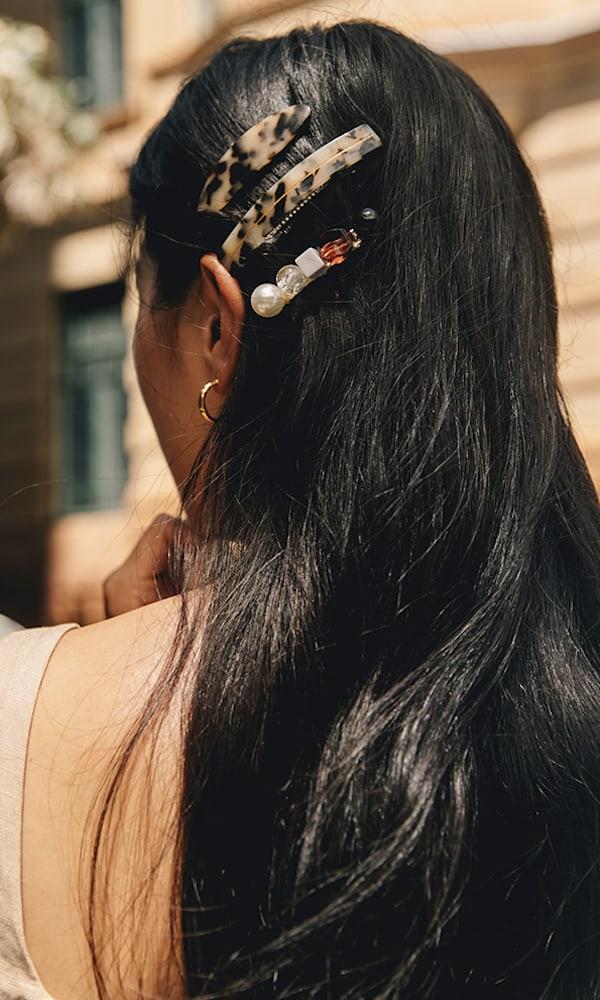 Valet Set of Two Tortoiseshell Resin Hair Clips
