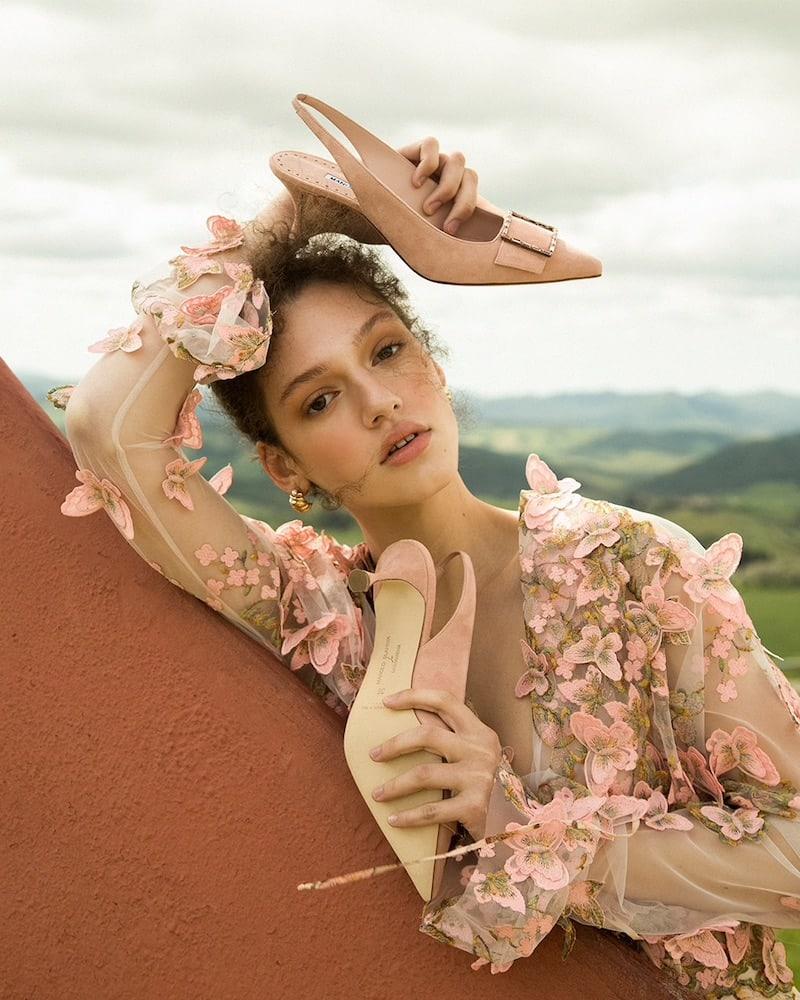 Manolo Blahnik 50mm LVR Exclusive Dolores Suede Pumps in Light Peach
