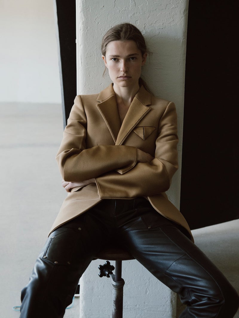 Bottega Veneta Contrast-Panel Belted Single-Breasted Blazer