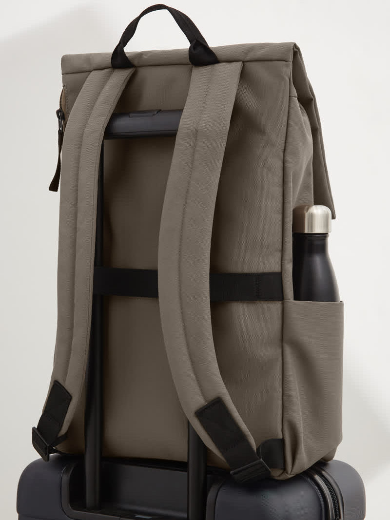 Everlane ReNew Transit Backpack 3