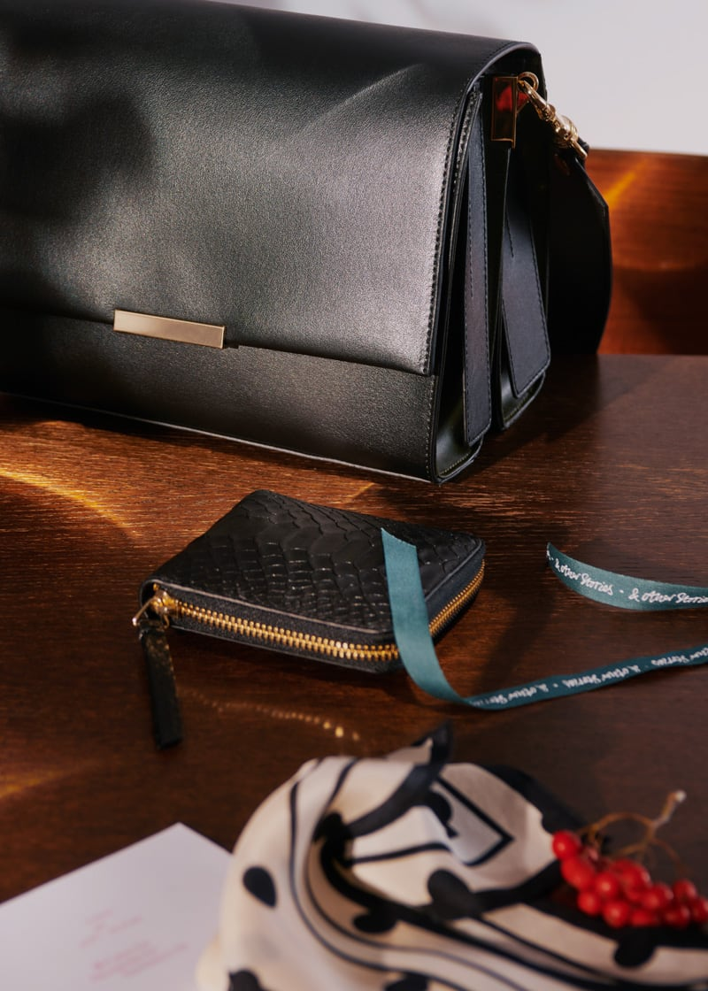 & Other Stories Leather Zip Wallet