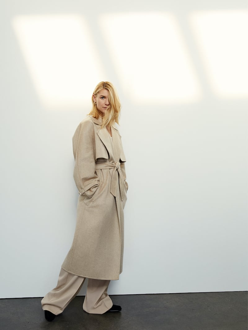 Max Mara Convertible Belted Camel Hair and Cashmere-Blend Coat