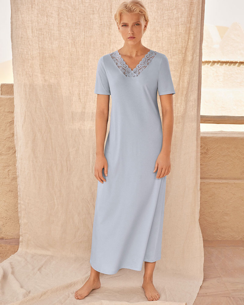 Hanro Moments Short-Sleeve Long Nightgown
