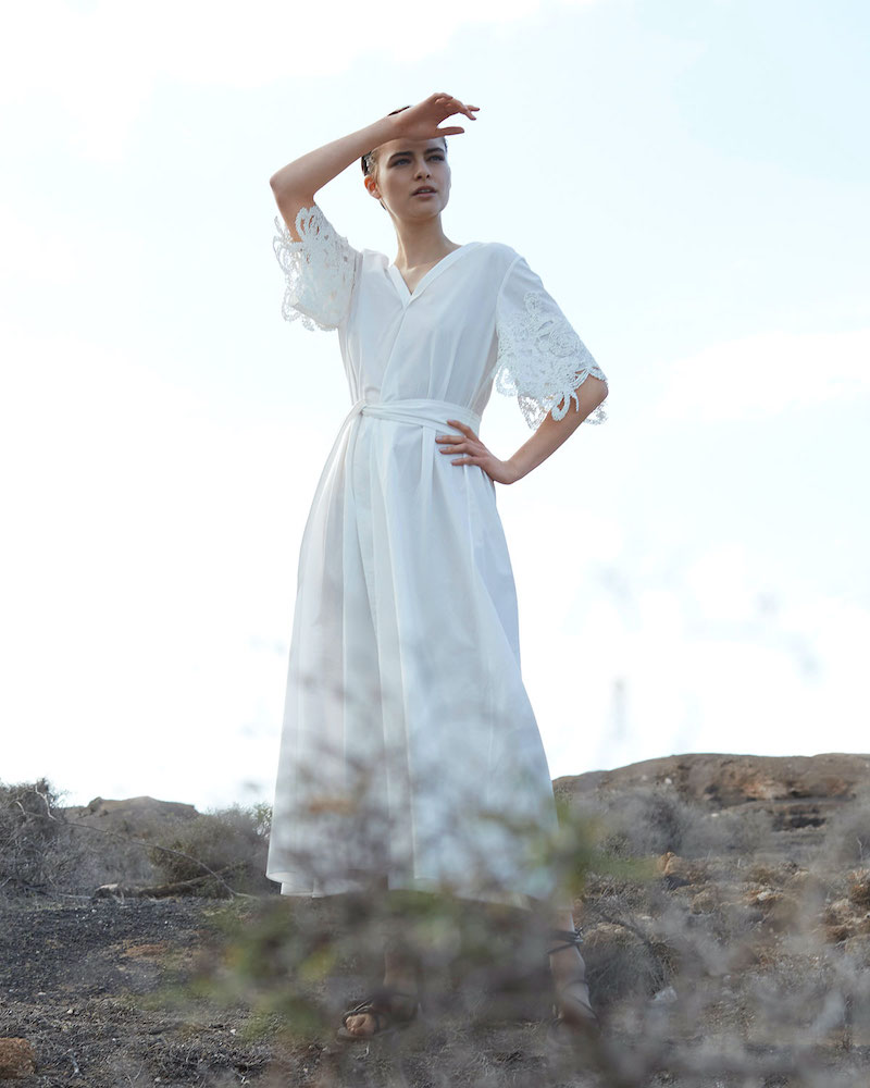 Brunello Cucinelli Lace-Sleeve V-Neck Dress
