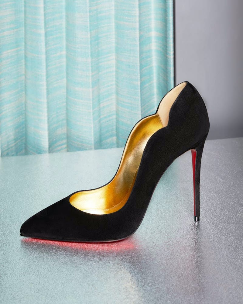 Mytheresa x Christian Louboutin Hot Chick 100 Suede Pumps