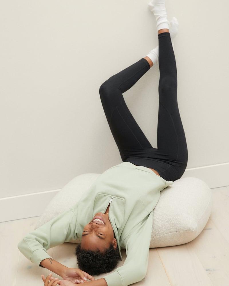 Everlane Perform Pocket Legging