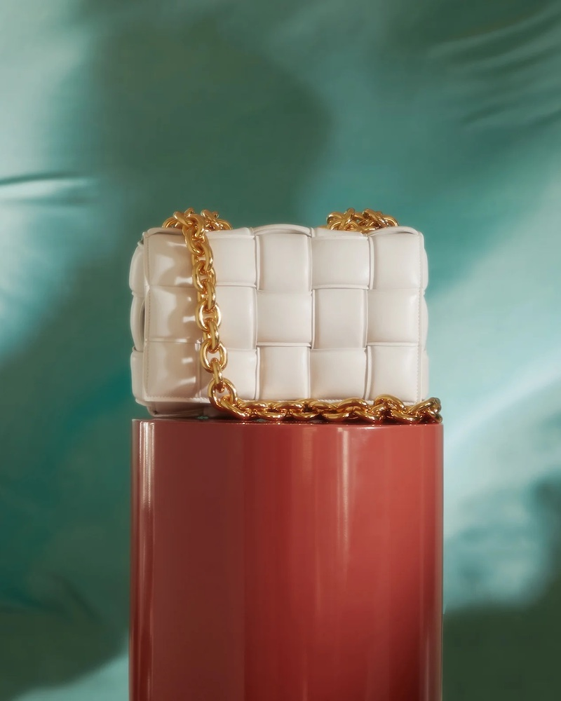 Bottega Veneta The Chain Cassette Intrecciato-Leather Bag