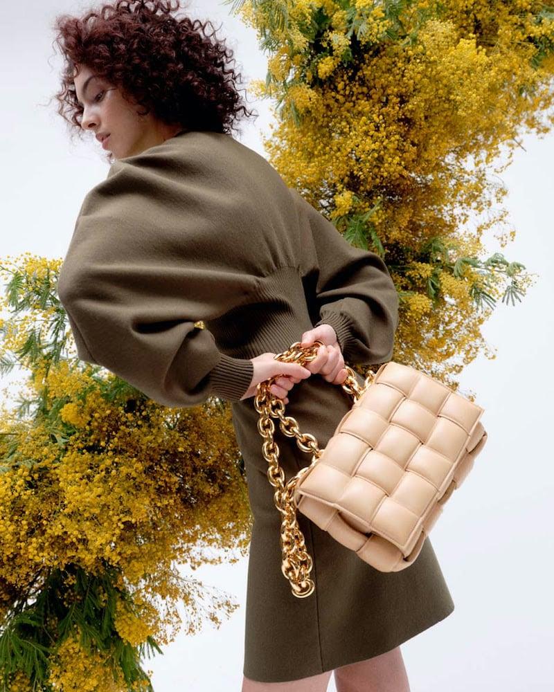 Bottega Veneta Chain Cassette Leather Shoulder Bag