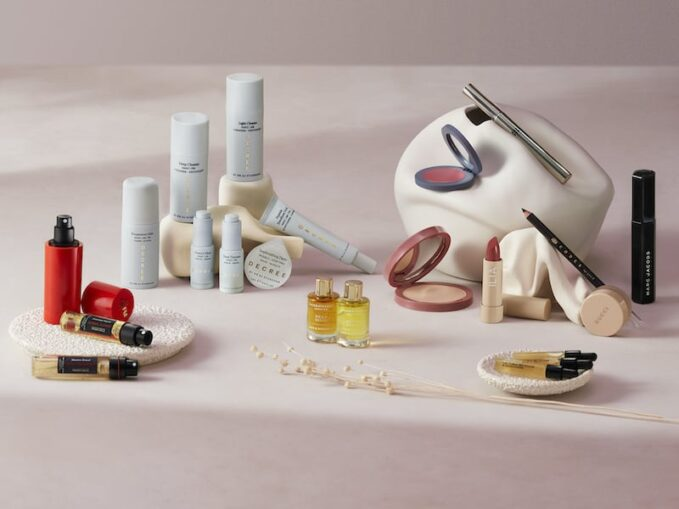 Top 7 of Beauty Sets Worth Investing In 2021