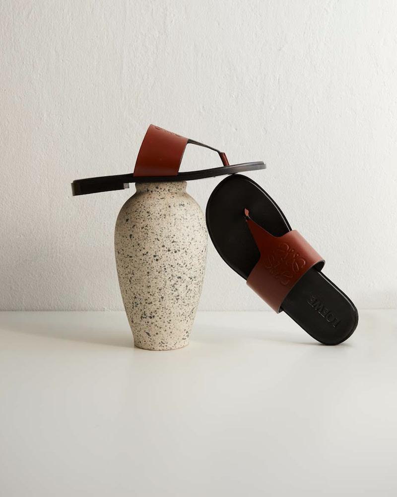 Loewe Paula s Ibiza Anagram Leather Thong Sandals